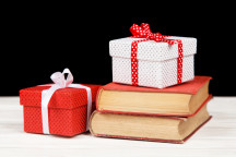 5 Cyber Monday Gift Deals for Book Lovers